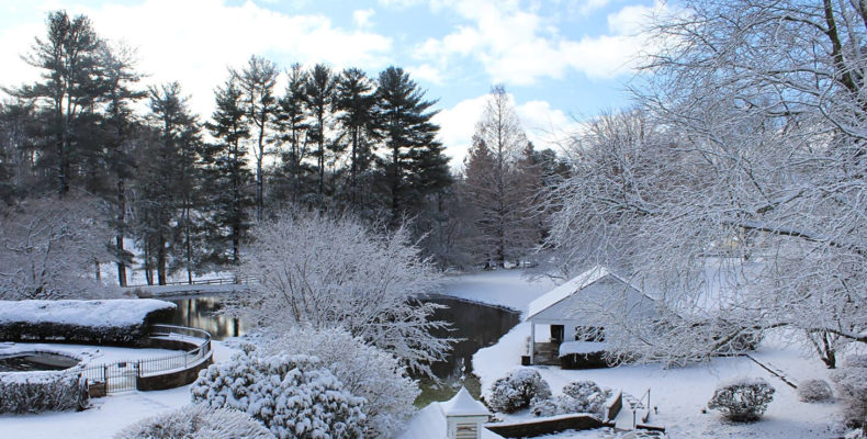 Beautiful snow covered inn in Pennsylvania country